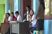 Takut Gempa Susulan, Pegawai Pemda Mamasa Layani Warga di Luar Kantor