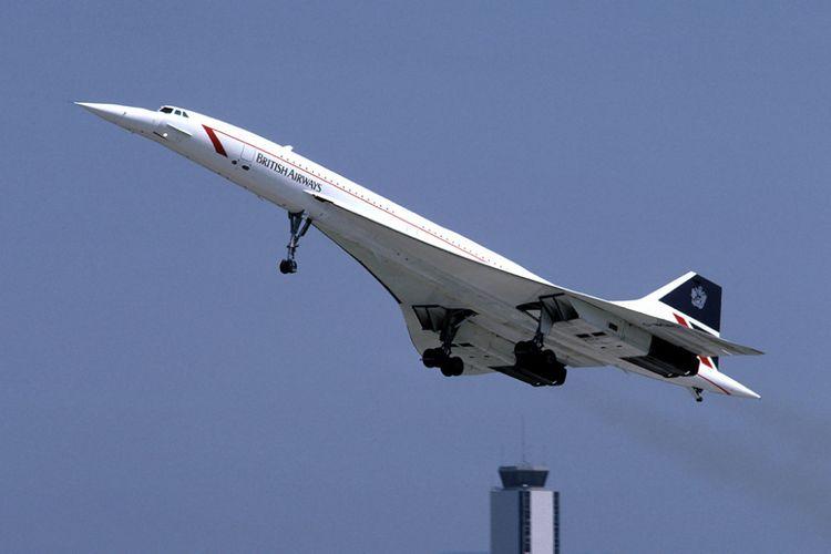 Concorde, pesawat komersial tercepat di masanya karena sanggup menerbangi jarak New York-London hanya dalam waktu 3,5 jam.
