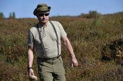 Putin Mengaku Pernah Nyaris Dikepung Beruang saat di Alam Liar