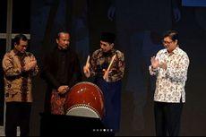 Sarung Garut Pilihan Jokowi Saat Membuka Muslim Fashion Festival 2018