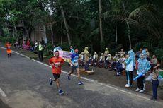 Semangati Pelari Indonesia Menang Borobudur Marathon, Siswa SD Main Marching Band