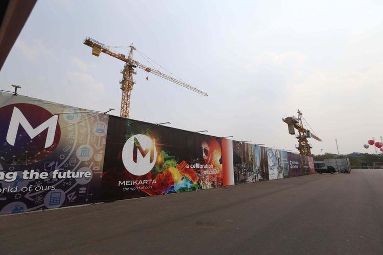 Suasana proyek pembangunan Kota Baru Meikarta, Kabupaten Bekasi, Jawa Barat, Senin (4/09/2017). Pada tahap pertama, akan dibangun 200 ribu unit apartemen yang siap huni pada akhir tahun 2018.
