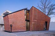 Desain Rumah Efisien dengan Dinding Bercelah