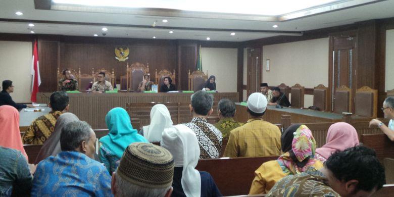 Rapat kreditur perkara penundaan kewajiban pembayaran utang (PKPU) First Travel, di Pengadilan Niaga, Jakarta Pusat, Rabu (18/10/2017).