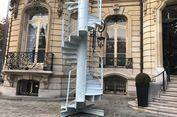 Tangga Bekas Menara Eiffel Dijual