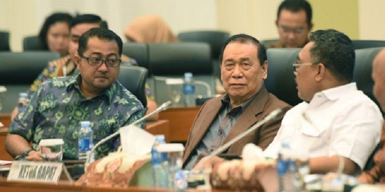 Wakil Ketua Banggar DPR RI Teuku Riefky Harsya mengapresiasi tanggapan yang disampaikan oleh Koordinator Panja Pemerintah yang diwakili oleh Dirjen Perimbangan Keuangan Kemenkeu