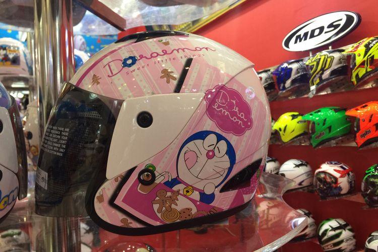 Helm anak yang dijual di IMOS 2018