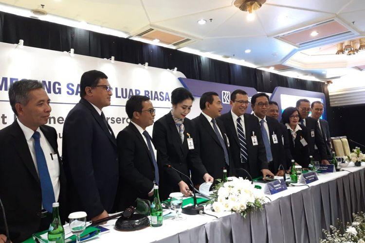 Jajaran Direksi PT Bank Rakyat Indonesia (Persero) ketika melakukan konferensi pers hasil Rapat Umum Pemegang Saham Luar Biasa (RUPSLB) di Jakarta, Kamis (3/1/2019).