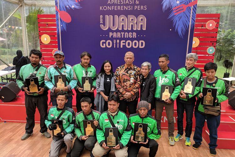 Pemberian penghargaan kepada sepuluh driver terbaik Gojek di Gelora Bung Karno, Jakarta Pusat pada Kamis (14/3/2019)