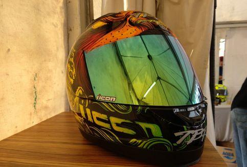 Begini Cara Benar Rawat Kaca Helm