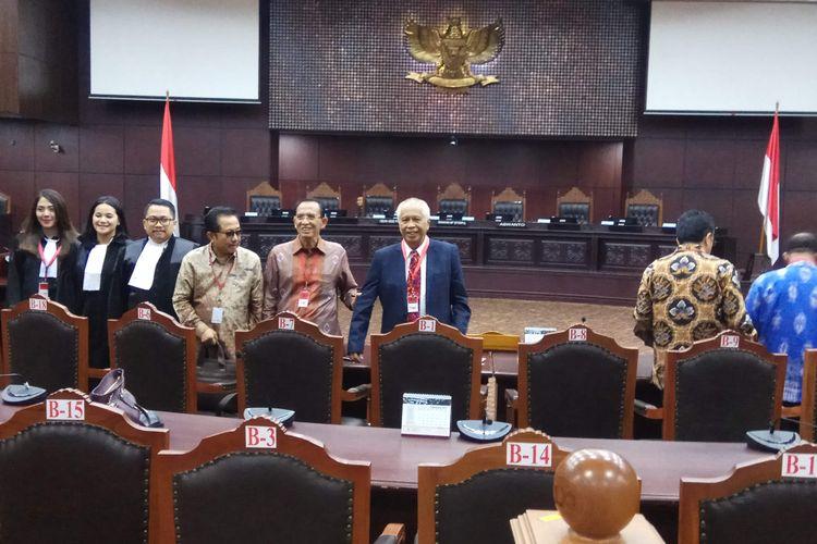 Waryana Karno, Suryadharma Ali, dan  OC Kaligis hadiri sidang uji materi terkait aturan remisi. Sidang digelar di Mahkamah Konstitusi, Jakarta Pusat, Senin (11/9/2017).