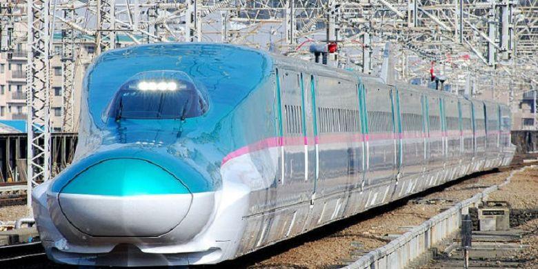 Kereta cepat India.