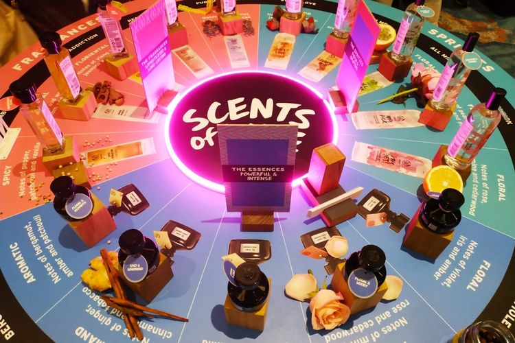 Rangkaian produk wewangian Scents of Life dari The Body Shop