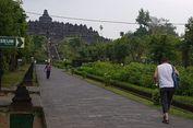 Gunung Merapi Erupsi, Borobudur Tetap Ramai Wisatawan