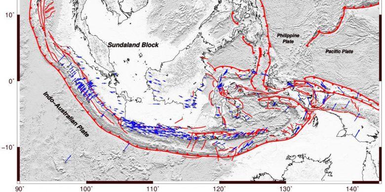 Gambar 1. Peta zona pertemuan lempeng aktif serta kemenerusan sesar aktif di Kepulauan Indonesia (Sumber: Buku Peta Gempa Indonesia, PusGeN, 2017)
