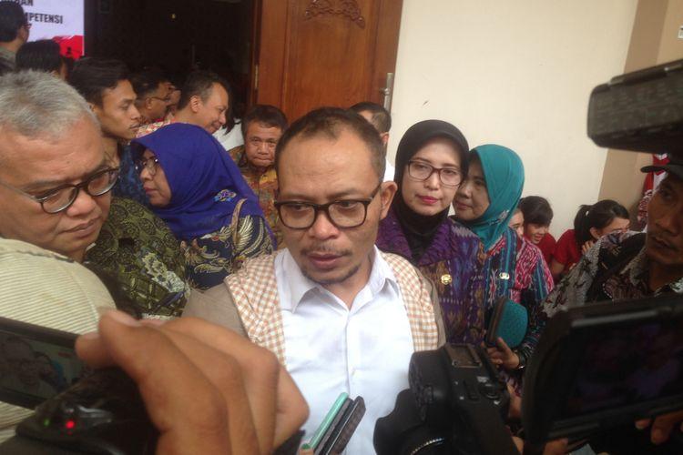 Menaker M HANIF Dhakiri saat di Semarang, Selasa (13/11/2018)