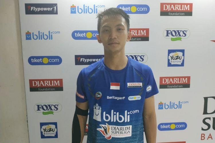 Pebulu tangkis tunggal putra Indonesia, Ihsan Maulana Mustofa, seusai berlaga pada Djarum Superliga Badminton 2019, di Sabuga, Bandung, Rabu (20/2/2019).