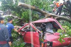 Puting Beliung Landa Bogor, Satu Orang Tewas, 50 Rumah Rusak