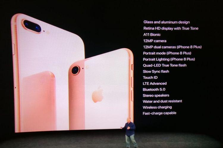 Apple meluncurkan iPhone 8 dan iPhone 8 Plus dalam sebuah acara di Steve  Jobs Theatre pada 97ec0c47d6