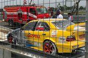 Mobil Balap M Fadli di ISSOM Terbakar