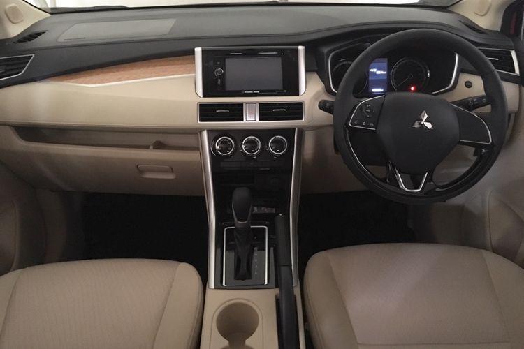 Dasbor Mitsubishi Xpander punya desain modern dan mewah di kelasnya