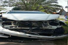 Istri Tabrakkan Toyota Fortuner karena Lihat Wanita Lain, Suami Dilarikan ke RS