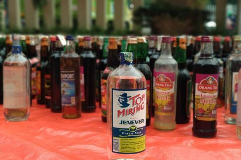 Polres Jakarta Timur Musnahkan 10.000 Botol Miras