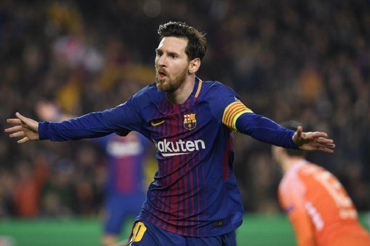Lionel Messi merayakan gol ketiga Barcelona ke gawang Chelsea pada pertandingan babak 16 besar Liga Champions di Stadion Camp Nou, 14 Maret 2018.