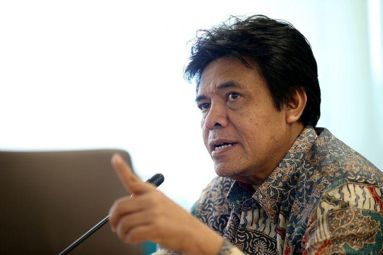 Dirjen Perhubungan Udara, Agus Santoso, mengimbau pengelola bandara maupun maskapai penerbangan untuk mengakses aplikasi Siasati yang menggunakan sistem online untuk mempermudah pelaporan harian.