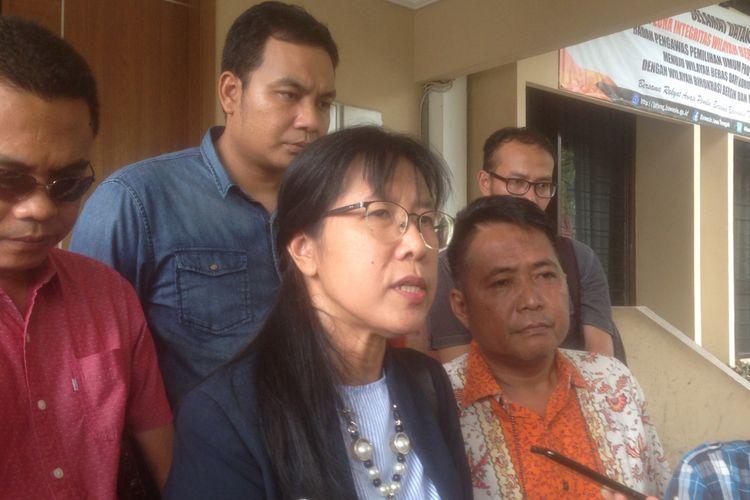 Listiani, pelapor kasus dugaan pelanggan pemilu yang diduga dilakukan Ganjar Pranowo, di Kantor Bawaslu Jateng, Senin (25/2/2019)