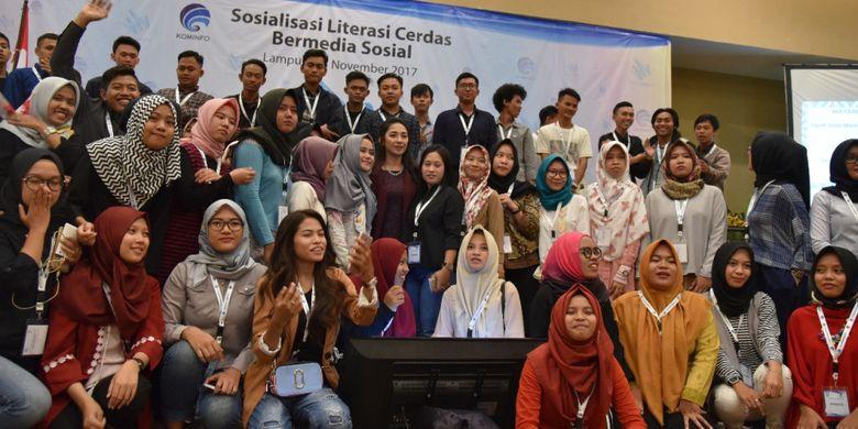 Acara diskusi ?Literasi Cerdas Bermedia Sosial? yang digagas Mudamudigital di Kota Bandar Lampung, Jumat (3/11/2017).