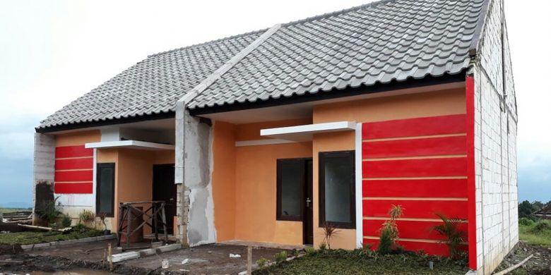 Proyek rumah subsidi Karangploso Townhouse, Batu, Malang, dibangun di total lahan seluas 11 hektar. Jumlah rumah yang akan dibangun sekitar 923 unit.