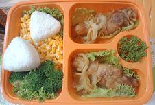 Cukup Kebutuhan Gizi Lewat Bekal Makan untuk Anak