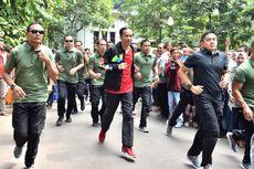 Hari Pertama 2019, Jokowi Joging dan Sapa Warga di Kebun Raya Bogor