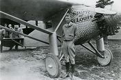 Fakta Unik Pilot Pionir Charles Lindbergh, Aksi Akrobat hingga Bayinya Diculik