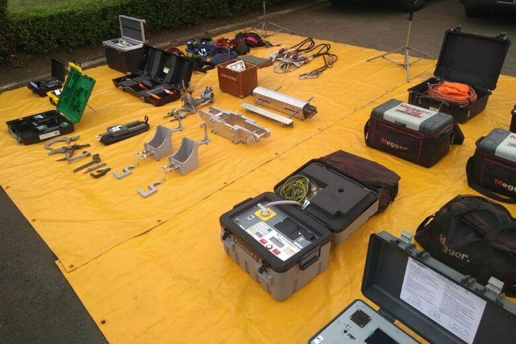 Sejumlah alat yang disiapkan guna mendukung suplai listrik dari PLN selama Asian Games 2018. Foto diambil Selasa (10/7/2018).