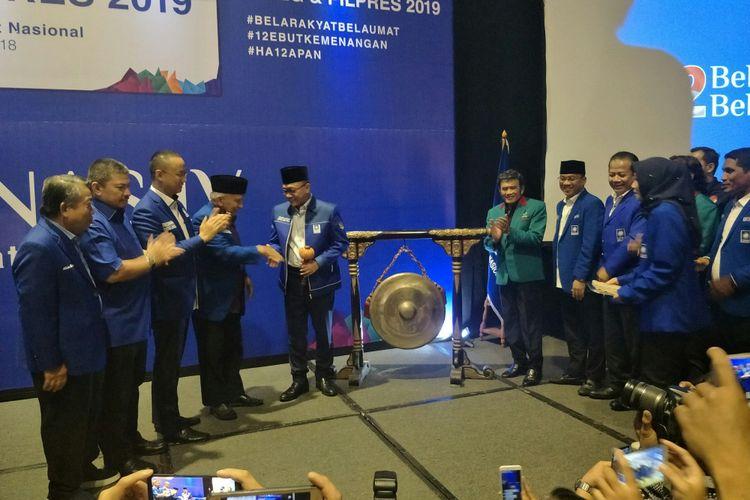Ketua Umum PAN Zulkifli Hasan membuka Rakernas PAN dalam rangka penentuan arah koalisi di Pilpres 2019