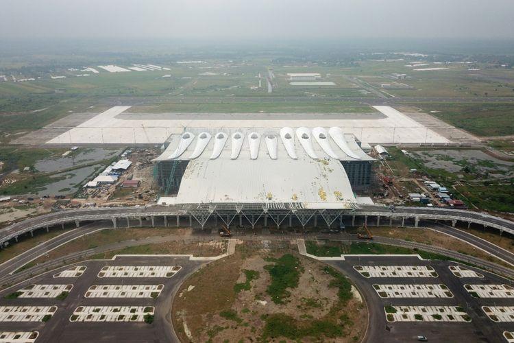 Proses pembangunan Bandara Internasional Jawa Barat (BIJB) di Kertajati, Majalengka, Jawa Barat.