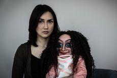 Sara Wijayanto: Mantra Sabrina dan The Doll Berbeda
