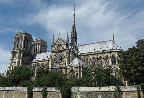 Notre Dame, Simbol Intelektualitas Perancis