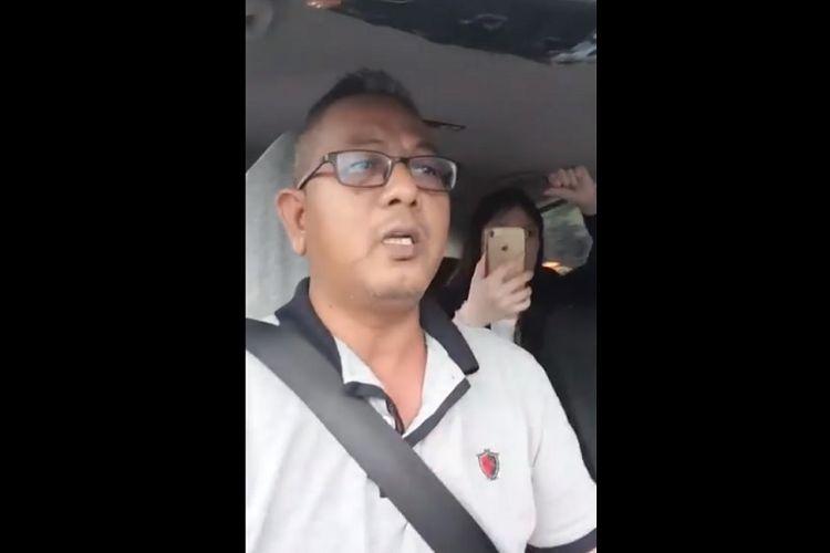 Pengemudi Go-Jek di Singapura, Kamaruzzaman Abdul Latif, dituding menculik penumpang. (Facebook/ROADS.sg)