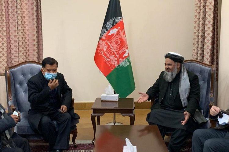 Jusuf Kalla, mantan wakil presiden RI berkunjung ke Afghanistan dan disambut baik oleh Mohammad Qasim Halimi, Menteri Agama dan Haji Afghanistan, Rabu (23/12/2020).