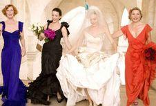 Sarah Jessica Parker Luncurkan Koleksi Gaun Pengantin