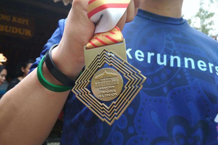 Medali untuk finisher Bank Jateng Borobudur Marathon (BJBM), 19 November 2017.