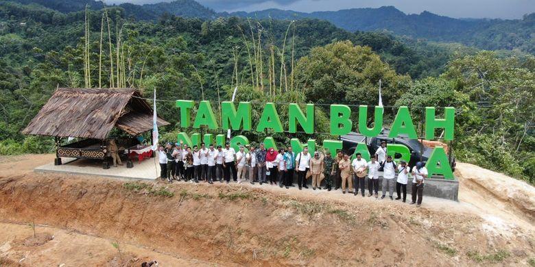PT Aneka Tambang Tbk (Antam) inisiasi kembangkan Taman Buah Nusantara di Kecamatan Nanggung, Kabupaten Bogor.