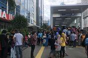 Banyak Warga Tak Bisa Naik MRT, Stasiun Bundaran HI Padat