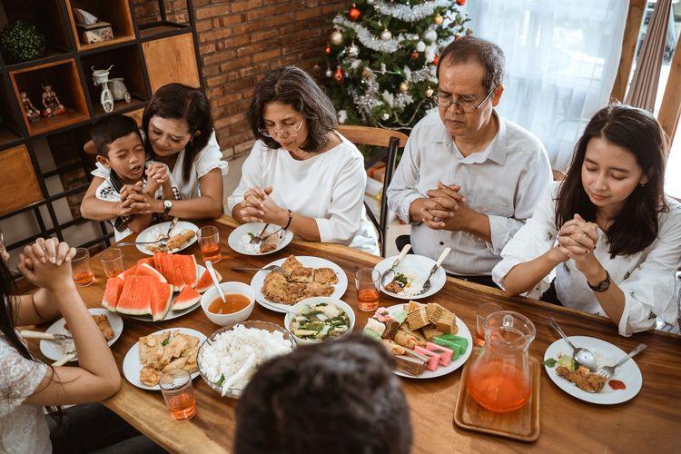 Ilustrasi perjamuan natal