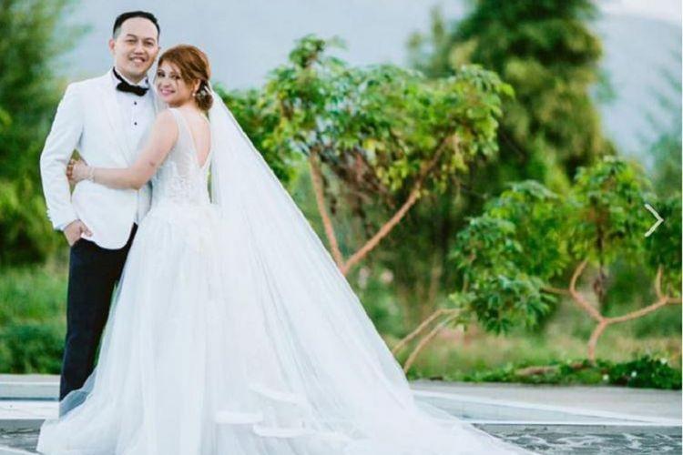 Pasangan pengantin baru  Erika Joyce dan Leomer Lagradilla.