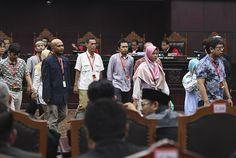 Ngototnya Saksi Prabowo-Sandi soal NIK Siluman...