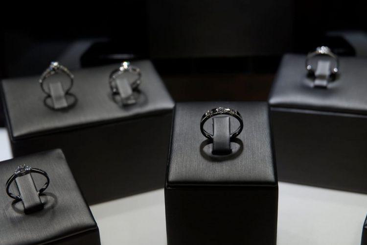 Brand perhiasan berlian Mielerie, resmi diluncurkan di Bandung, Kamis (17/1/2019).
